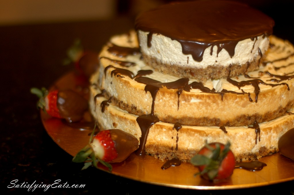 3-Layer Cheesecake with Chocolate or Hazelnut Drizzle