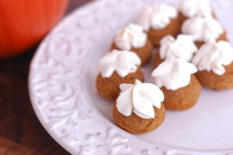 Pumpkin Pie Poppers